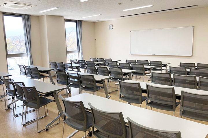 208学習室1