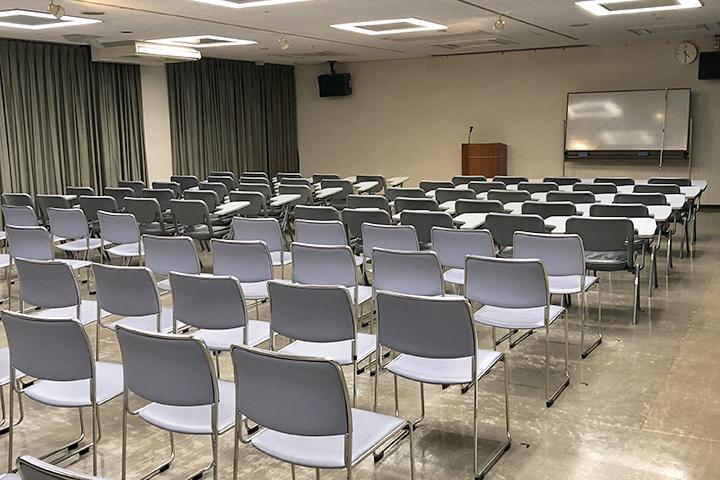 セミナー室2